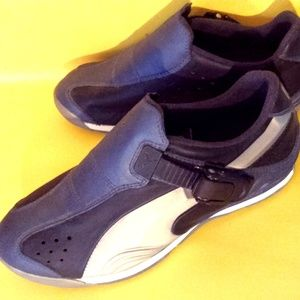RARE Puma NWT bike shoes sz 6-6.5 cycling biking